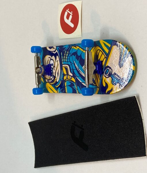 Freeday Shop Graphic Complete 32mm Space Monkey 2020-2021